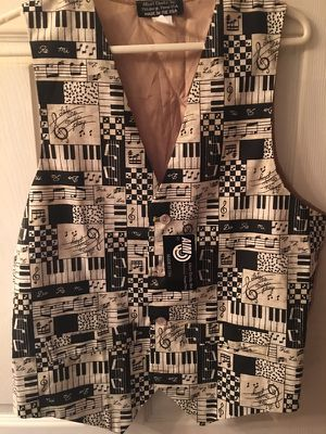 NWT Albert Elovitz piano keyboard musical notes vest size small men's for Sale in Hampton Township, PA