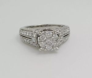 1.38CT Diamond Halo Solitaire Engagement Wedding Bridal Ring Band 14K White Gold for Sale in West Los Angeles, CA