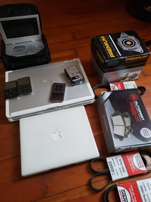Jetta 06 parts laptop what u see is what u get as is for Sale in Cranston, RI