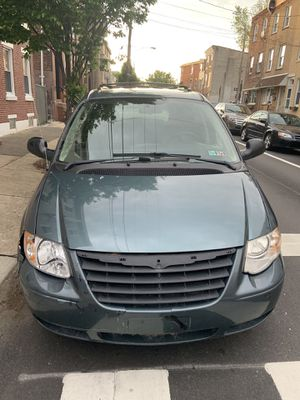 2006 Chrysler Town & Country for Sale in Philadelphia, PA