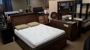 4pcs Queen Bedroom Set for Sale in Los Alamitos, CA