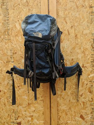 North Face hiking pack for Sale in South Attleboro, MA