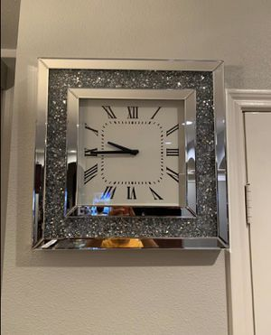 "New luxury mirrored wall clock 26""x26"" for Sale in Pompano Beach, FL"