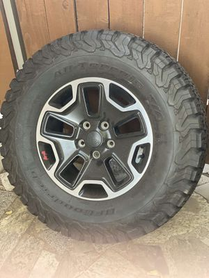 Jeep Rubicon tires and wheels for Sale in Oak Glen, CA