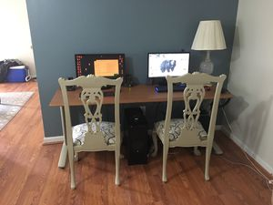 Desk and Chairs for Sale in Falls Church, VA