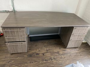 Beautiful wooden desk/made in USA/9/10 condition for Sale in Los Angeles, CA