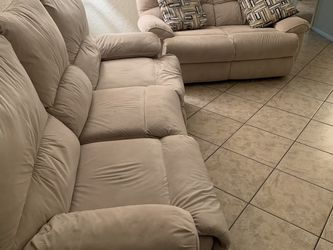Electric Sofa for Sale in Clearwater,  FL