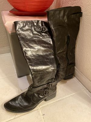 Leather black boots for women - brand new. Never used for Sale in Los Angeles, CA