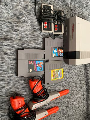 Nintendo Entertainment System 1985 bundle. for Sale in Worthington, OH