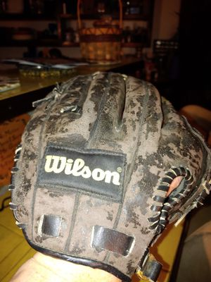 Wilson Baseball Glove for Sale in Vancouver, WA