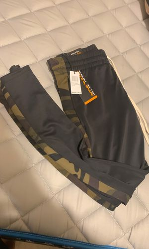 Camo sweat pants for Sale in Cleveland, OH