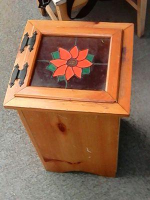 Beautiful Trashcan for Sale in Richland, WA