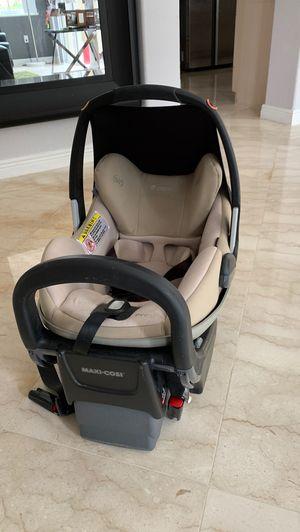 Maxi-cosi prezi car seat for Sale in Hollywood, FL