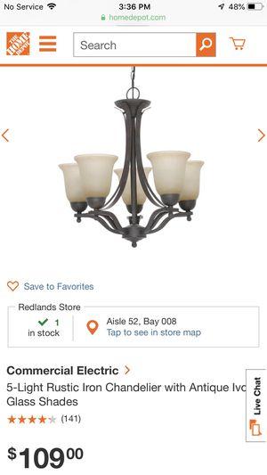 5 light chandelier for Sale in Beaumont, CA