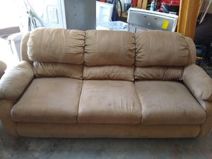 Sofa and loveseat for Sale in Arlington, TX