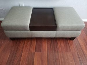 Coffee table/Couch for living room for Sale in Houston, TX