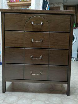 4 Drawer Dresser for Sale in Woodland,  WA