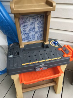 Kids work bench toy outdoor fun workshop play set for Sale in Wexford, PA