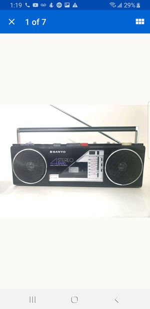 Vintage Sanyo M-S300K 4 Band AM/FM/SW1/SW2 Cassette Mini Boombox WORKS Great for Sale in Houston, TX