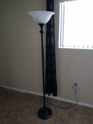 6' foot floor lamp for Sale in Peoria, AZ
