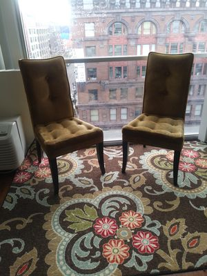 2 chairs and Area Rug MEET DOWNTOWN for Sale in St. Louis, MO