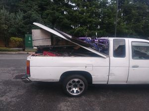 1996 nissan ex cab pick up not running for Sale in Marysville, WA