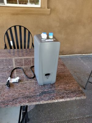 Electric water heater small for Sale in Lake Elsinore, CA