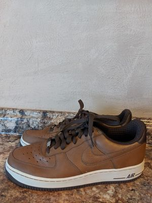 LIKE NEW CONDITION NIKE SHOES FOR MAN SIZE 10.5 for Sale in Fort Worth, TX