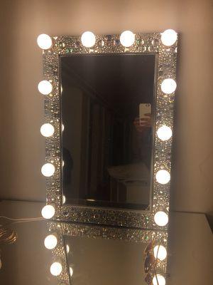 Diva luxury edition vanity mirror $250!! for Sale in Queens, NY