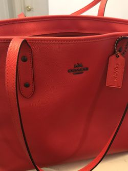 Coach Red Leather Zippered Tote for Sale in Pittsburgh,  PA