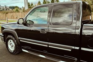 2003 CHEVY SILVERADO LOW MILES EXTRA CLEANED for Sale in Milwaukee, WI