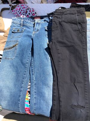 Pants/jeans for Sale in Albuquerque, NM