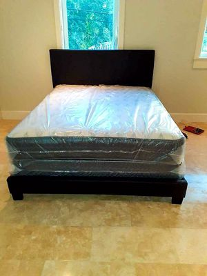 Bed with mattress .Neww for Sale in Miami, FL