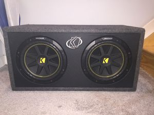 2 10in KICKER subwoofers w 500w AMP for Sale in Philadelphia, PA