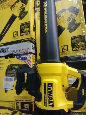 DEWALT 20V MAX XR BRUSHLESS BLOWER TOOL ONLY BRAND NEW SOLO LA HERRAMIENTA SIN BATERIA SIN CARGADOR NUEVO for Sale in San Bernardino, CA