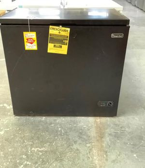 Magic Chef Chest Freezer (Black) 🥶❄️🧊 🤩 GNF for Sale in San Antonio, TX