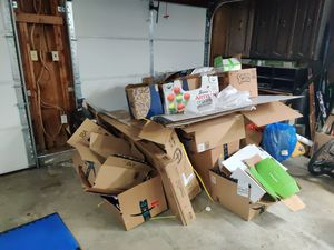 Free Cardboard for Sale in Federal Way, WA