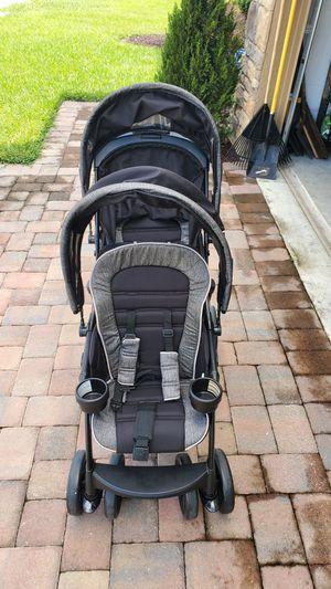 Double stroller for Sale in Groveland, FL