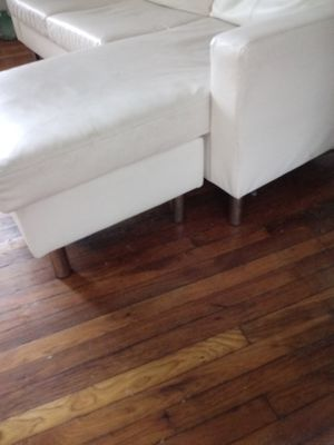 White leather couch for Sale in Redford Charter Township, MI