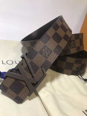 Louis Vuitton Brown Ebene Belt (Buy Now & Get A Free Pair Of Gucci Socks!) for Sale in Queens, NY