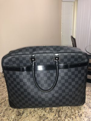 Louis Vuitton for Sale in Sterling Heights, MI