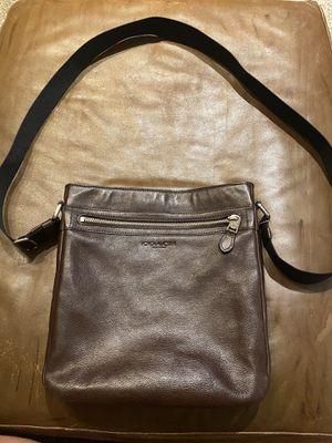 Coach Leather crossbody bag (Men) for Sale in Walnut Creek, CA