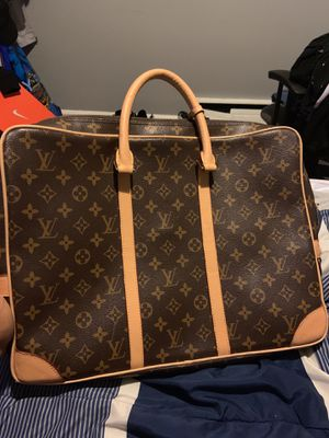Louis Vuitton bag for Sale in Yardley, PA