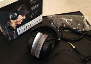 Beyerdynamic DT 770 PRO (250 ohms) Headphones for Sale in Lynnwood, WA