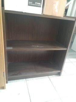 Small book shelf for Sale in Roseville,  MI