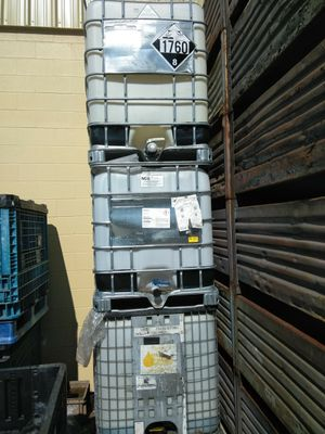 Liquid storage containers for Sale in Clinton Township, MI