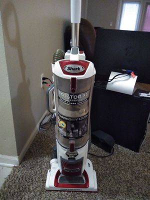 Shark Rotator XL, great vacuum for Sale in Norman, OK