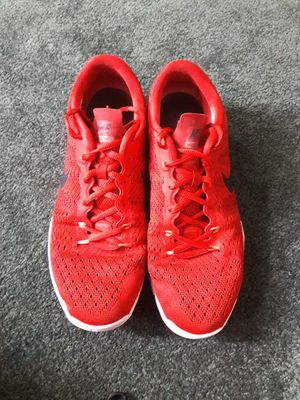 Nike Air Max Typha for Sale in Pomona, CA
