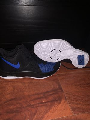 Nike basketball shoes Size 9.5 for Sale in Orlando, FL