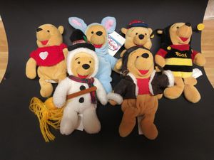 6 Winnie the Pooh Beanie Figures Disney for Sale in Parkdale, OH